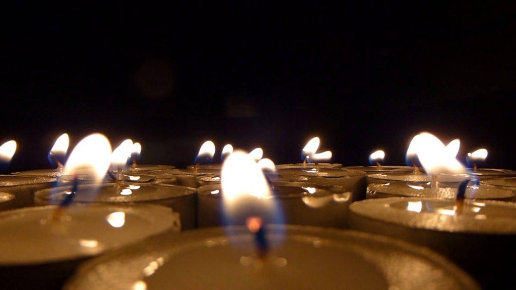 Calentar una habitación con macetas y velas