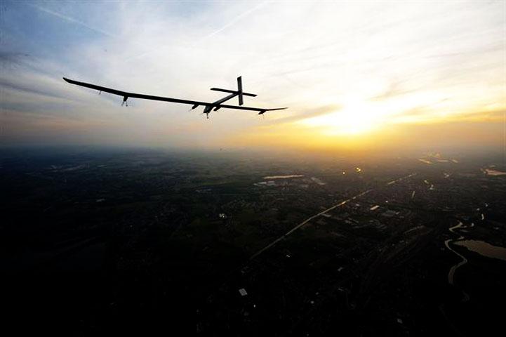Un avión solar para dar la vuelta al mundo